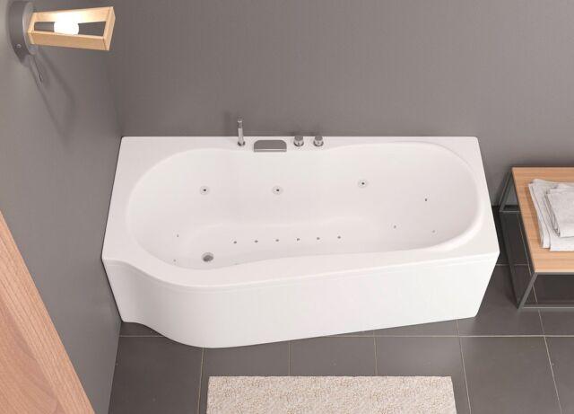 Scopri #Dakota, una vasca idromassaggio 170×70(85), con interno morbido e accogliente. Adatta ad ogni tipo di ambiente, disponibile con Box Sopravasca e accessoriabile con altri optional.  Discover #Dakota a 170×70(85) whirlpool bathtub, with a soft and welcoming interior.  Suitable for any style of bathroom space, available with shower box and other optional accessories.  More on busco.it ———— #bagno #bathroomdesign #madeinitaly #fotografia #idromassaggio #productdesign #stile #artigianatoitaliano #arredocasa #arredamento #arredobagno #arch #interiordesign #artigianato #architettura #furniture #qualità